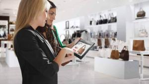 Retail-Technology-Enhances-Customer-Experience